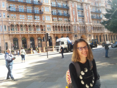 Visiting London – Eszter Mondics